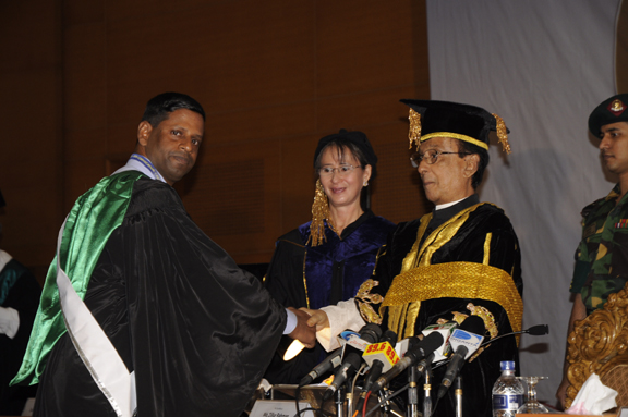 9th_Convocation_of_AIUB 3