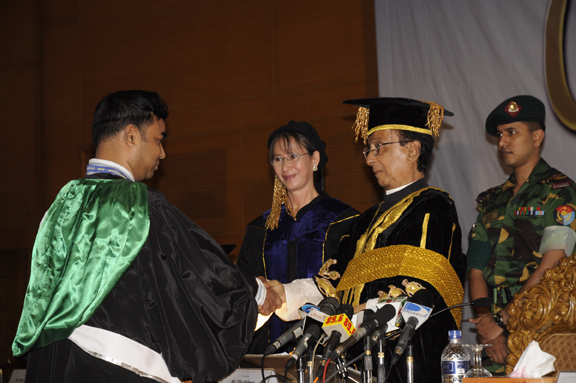 9th_Convocation_of_AIUB 4